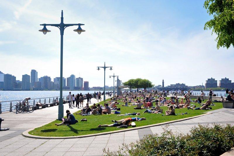 Công viên bên dòng sông Hudson, NY