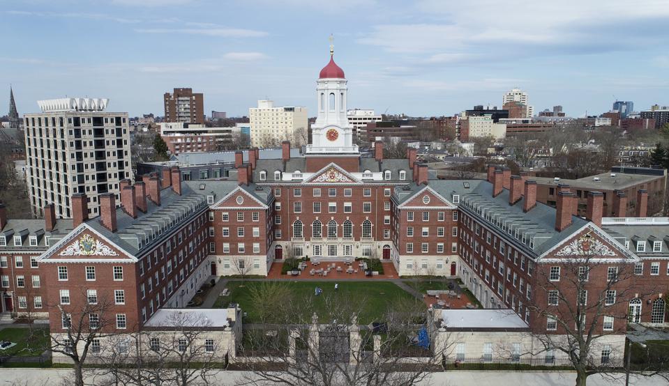 Đại học Harvard và những kiến thức kinh tế đầy chuyên sâu